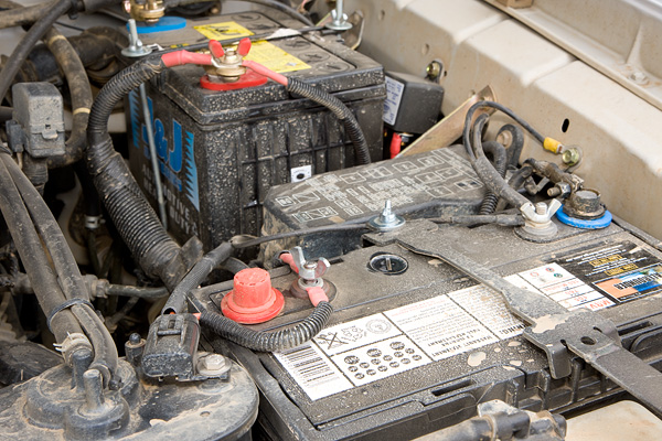 battery charge relay location  battery  free engine image